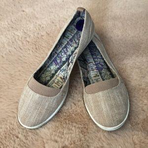 Comfy blowfish slip on sneakers